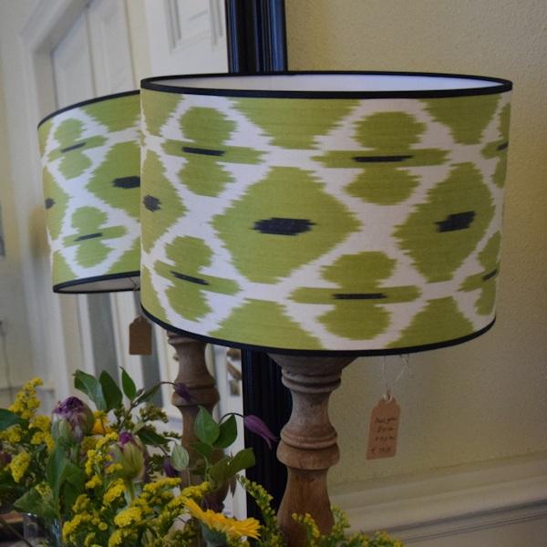 Groen-witte zijden ikat lampenkap