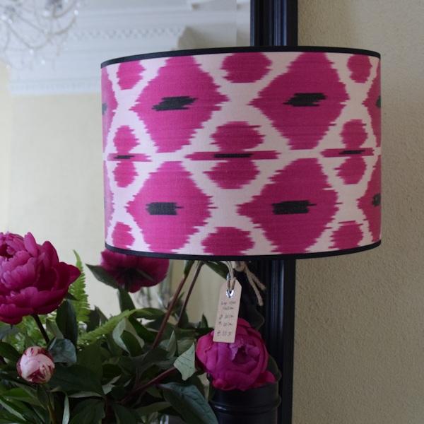 Ikat zijden lampenkap met roze ruit